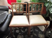 PAIR OF VINTAGE RETRO COLLECTABLE DINING CHAIRS G PLAN E GOMME DROP IN SEATS